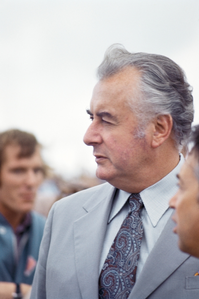 Mr Gough Whitlam, 14th World Gliding Championships at Waikerie, South Australia, 1974. Image copyright Suzanne Davies.